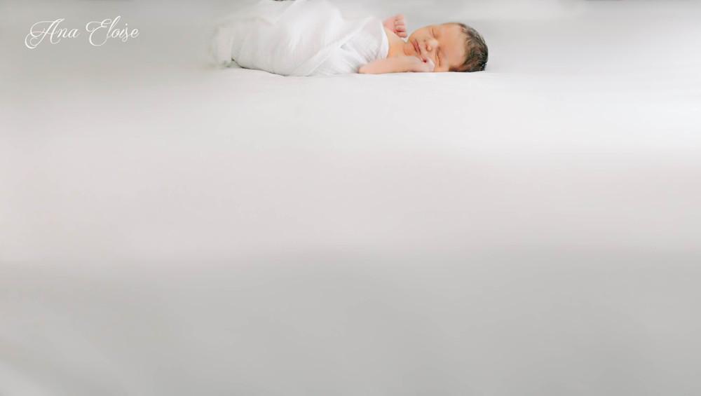 Ana_Eloise_Newborn_Photography_08 (1 of 1).jpg