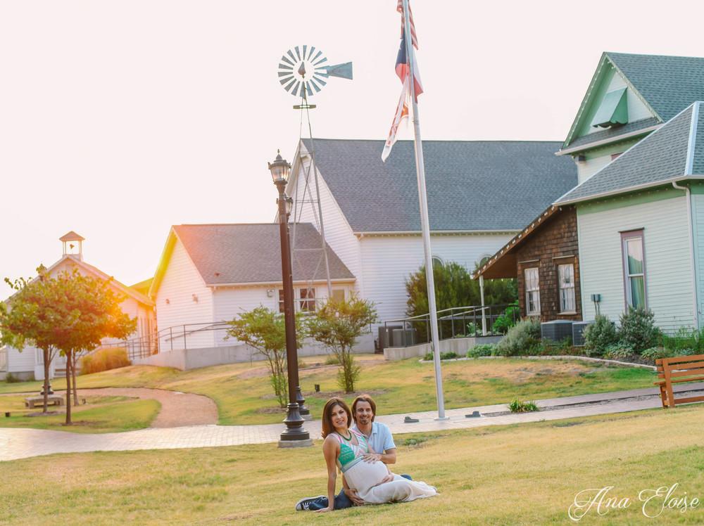 Andrea&Brett_Maternity_25 (1 of 1).jpg