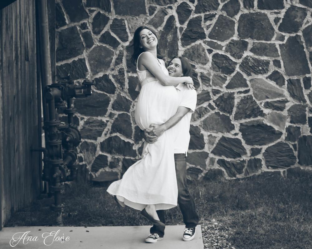 Andrea&Brett_Maternity_29 (1 of 1).jpg