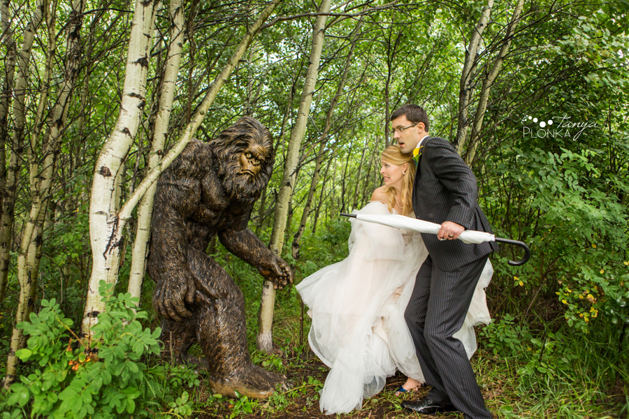18-hastings-lake-edmonton-wedding.jpg