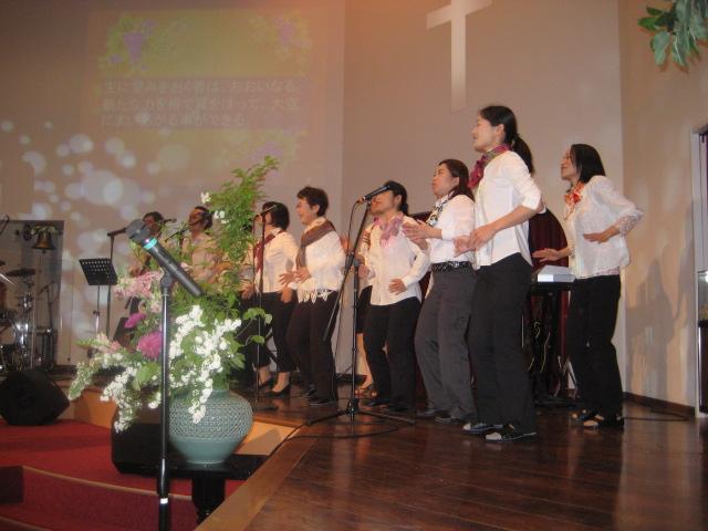 JAPANKOREA - Worship.JPG
