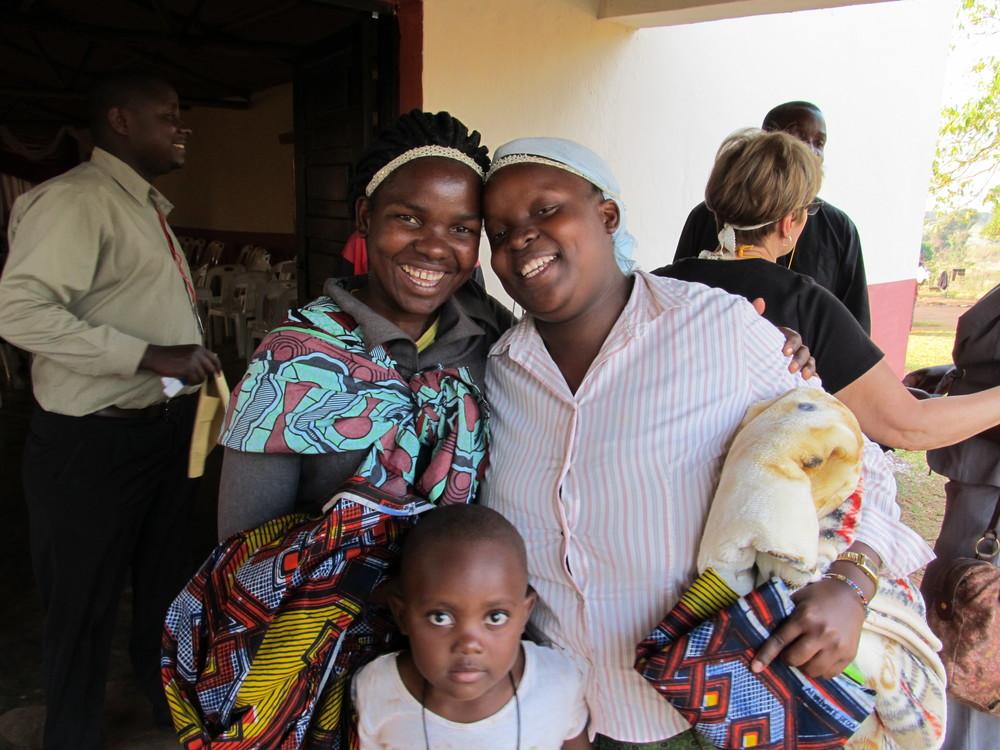 MOZAMBIQUE - Smiling ladies.JPG