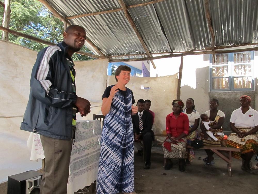 MOZAMBIQUE - Speaker and translator.JPG