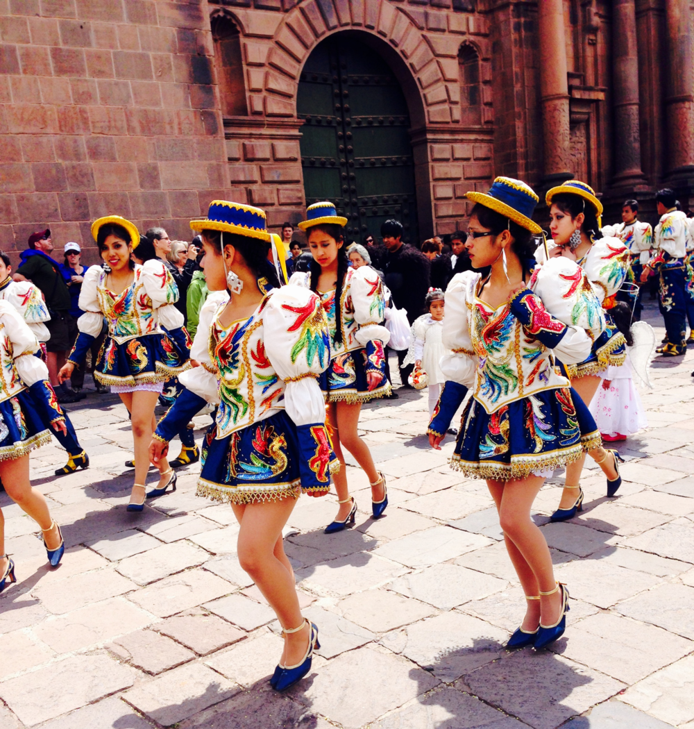 Plaza de Armas traditional dance Cusco Peru - 3 Days*