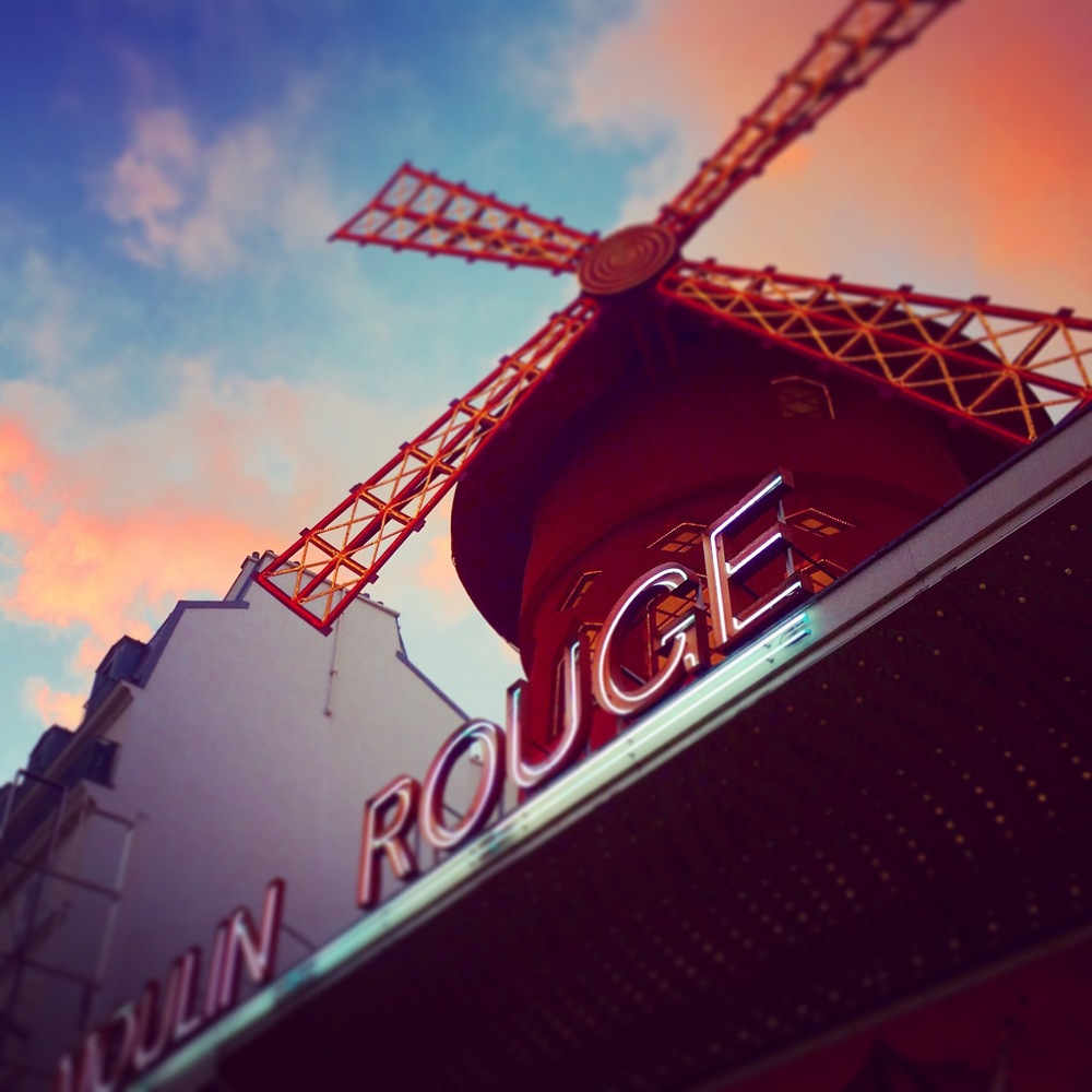 Moulin Rouge, Paris France - 3 Days*