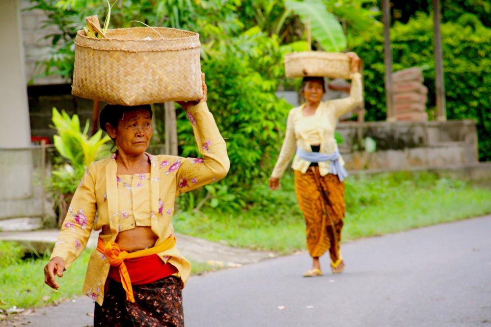 Bali Women baskets 3 days