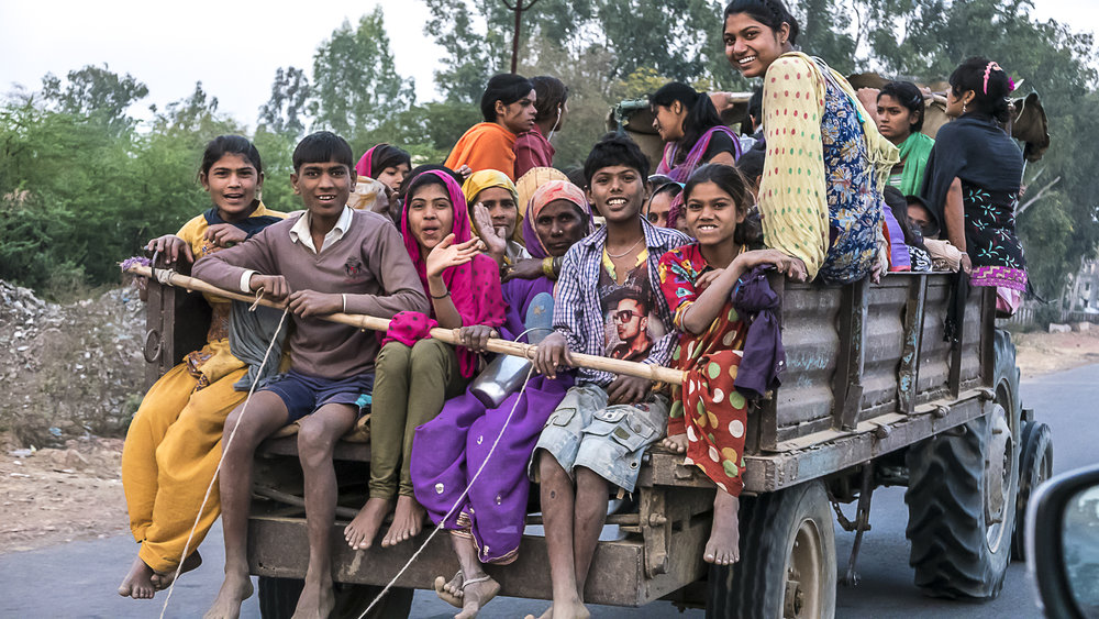 On the road from to Agra, Uttar Pradesh, India, 3 Days* - Barbara Huber