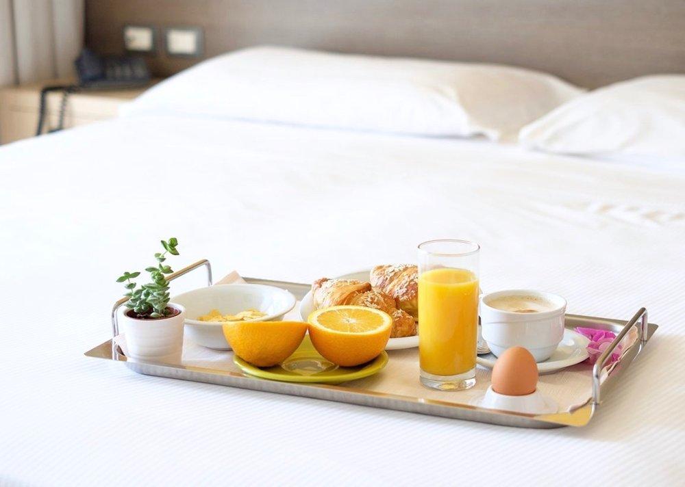 Room Service, breakfast, 3 Days*