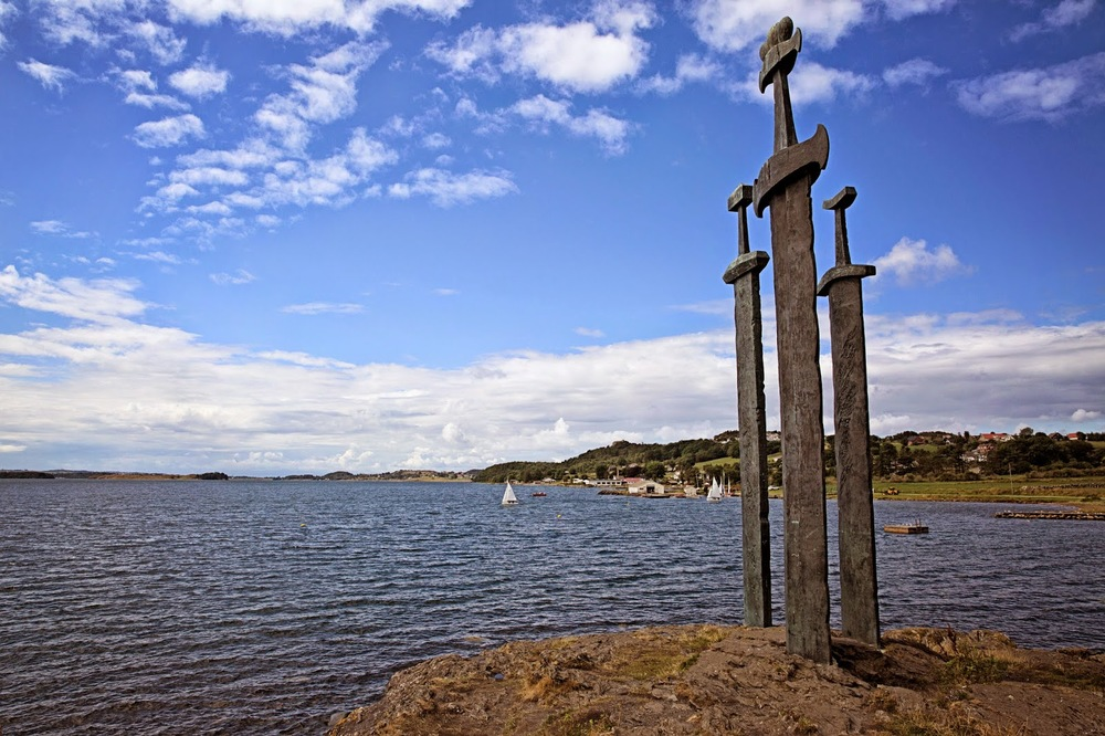 Three Sword Monument in Stavanger