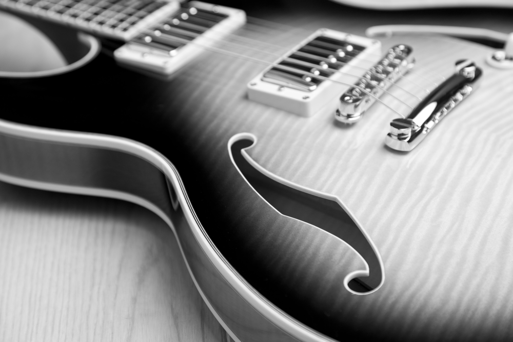 Take guitar lessons with Jazz Award winner Max Frankl and learn how to bring your abilities on the instrument to the next level.
