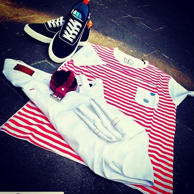 #BuonFerragosto 😎🌴da tutto lo #staff #noknitwear ❗️vi salutiamo con questo stupendo outfit #marina studiato da  @fshfashion _ #thanks✌️• #menswear #madeinitaly #springsummer17 #sabadistributionprato