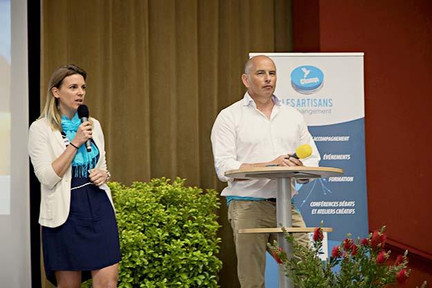 Claire Marie Allard de  kaizance.fr et Christophe Gotteland du  https://www.legesteecoconseil.com tous deux membres des Artisans du Changement ont orchestré le Forum Ouvert