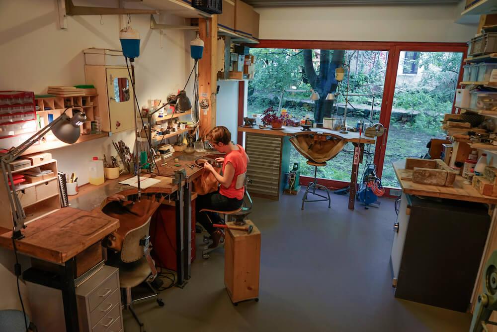 Studio-création-bijoux-main-Genève