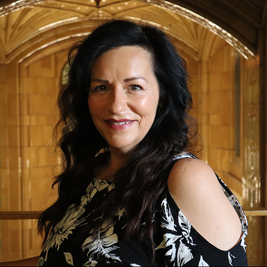 clare patterson - HR MANAGERclare@artisanpeople.com
