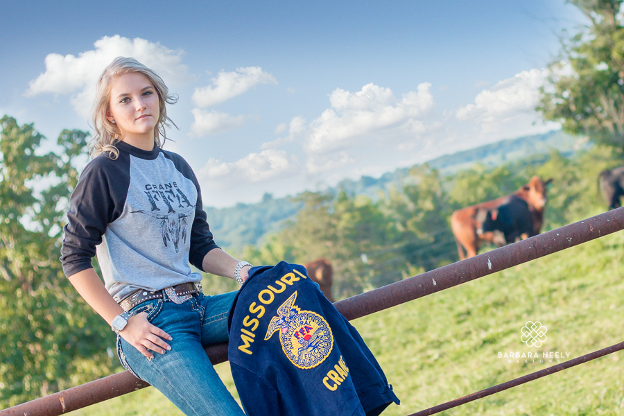 Best Country Girl on a Farm Senior Pictures in Southwest Missouri