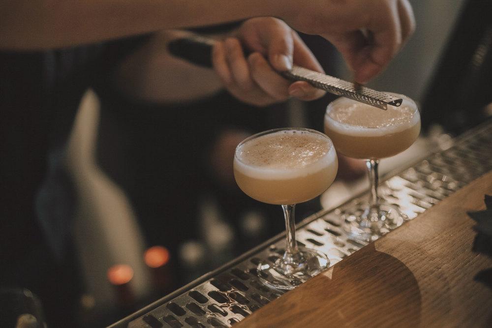 "<strong>Cocktail and wine list..Carte des vins et cocktails</strong><a href=""/cocktails-et-carte-des-vins"">Find out more..voir menu »<a>"