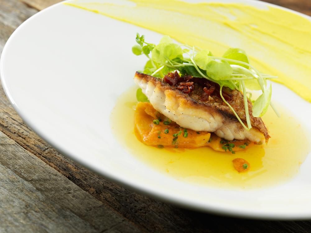 Best Fish and seafood restaurant in Montreal..Meilleur restaurant poisson et fruits de mer Montréal
