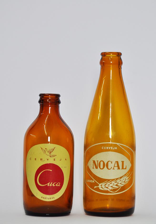 Cuca e Nocal Dimensão Variável  Duas Garrafas Originais de Cerveja Cuca e Nocal 2015