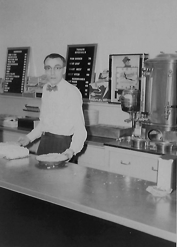 For many years, Glen Fry served pies and much more from behind the counter at his popular restaurant, Fry's Diner.
