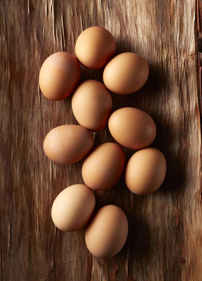 EggsOnWoodweb.jpg