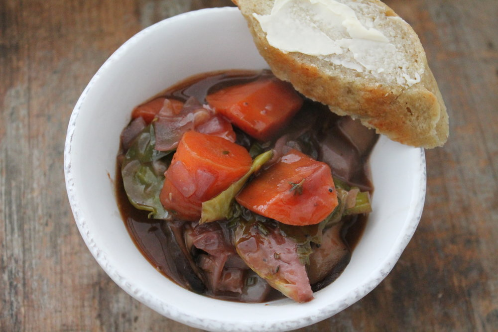 Bring the flavors of France to your home with my gluten-free and vegan Mushroom Bourguignon recipe. Find this and more at www.fernsandpeonies.com