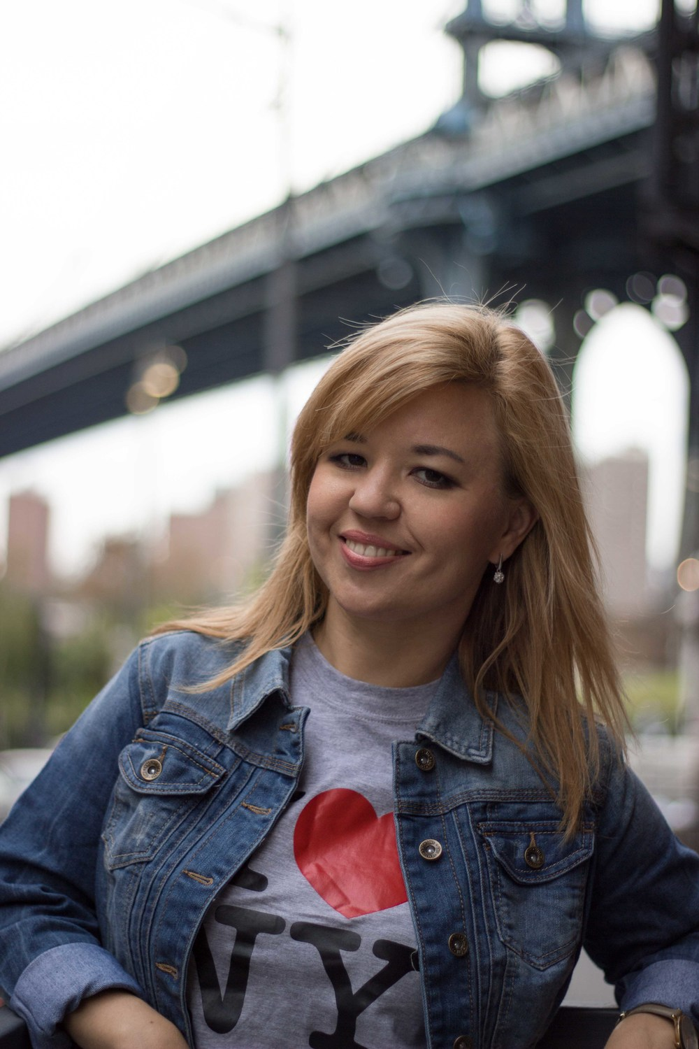 natasha brooklyn downtown manhattan bridge portrait new york irina korrelat.jpg