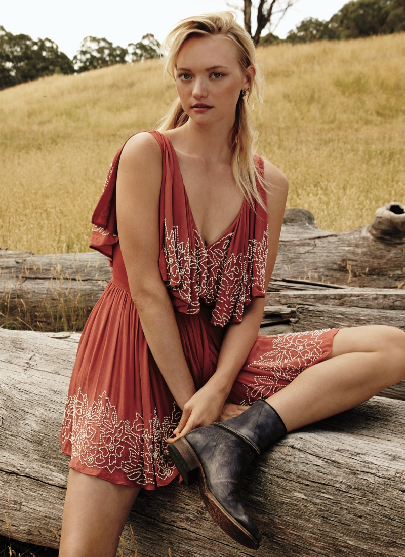Gemma-Ward-Free-People-March-2016-Lookbook06.jpg