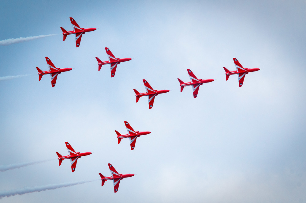 Red Arrows Formation 2.jpg