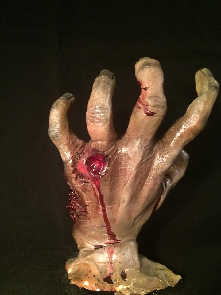 SCULPTURE- back of hand.jpg