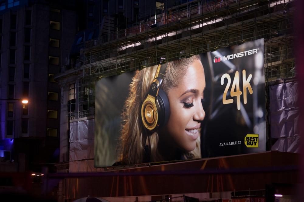 Billboard 0454 2015-03-23.png
