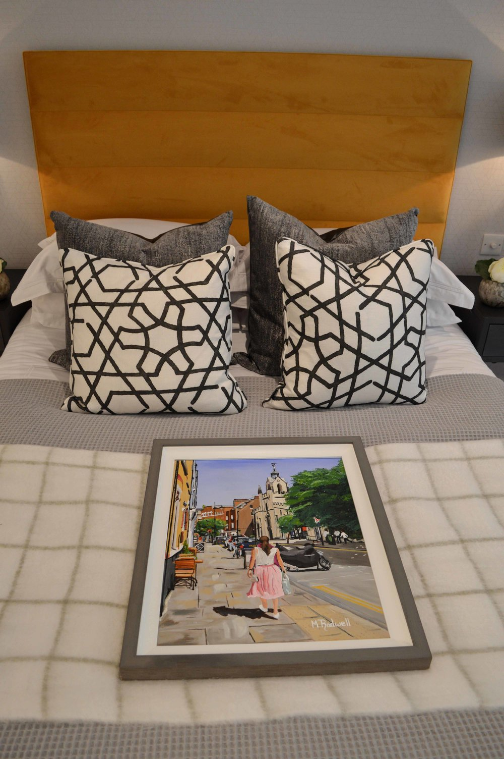 Bermondsey Street Painting   Sumptuous Bedding