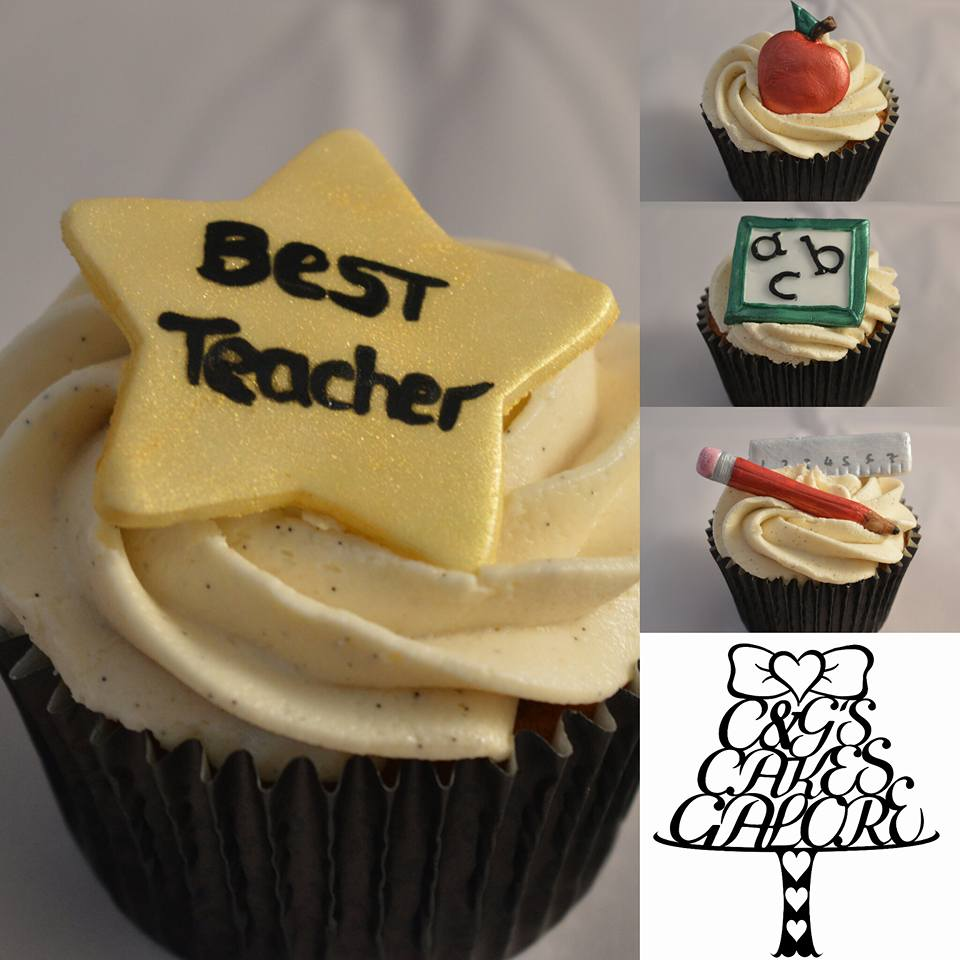 End of year teachers cupcakes