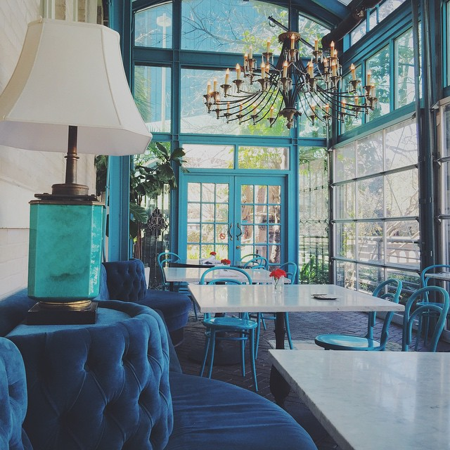 Another gem found, this time in San Antonio. Ocho in the Hotel Havana serving up delish cubanos. That chandelier, the velvet banquette seating, those teal steel frames doors. A design dream. #cultkintravels