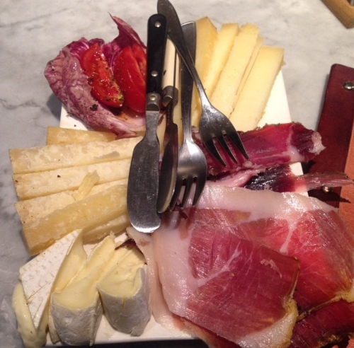 Meat and cheese board from Le Volpi e l'Uva