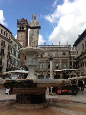 PHOTO BY KELSEY, PIAZZA DELLE ERBE