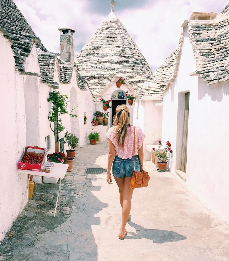 Dame Traveler Feature | Photo courtsey of @sara.bez | Puglia