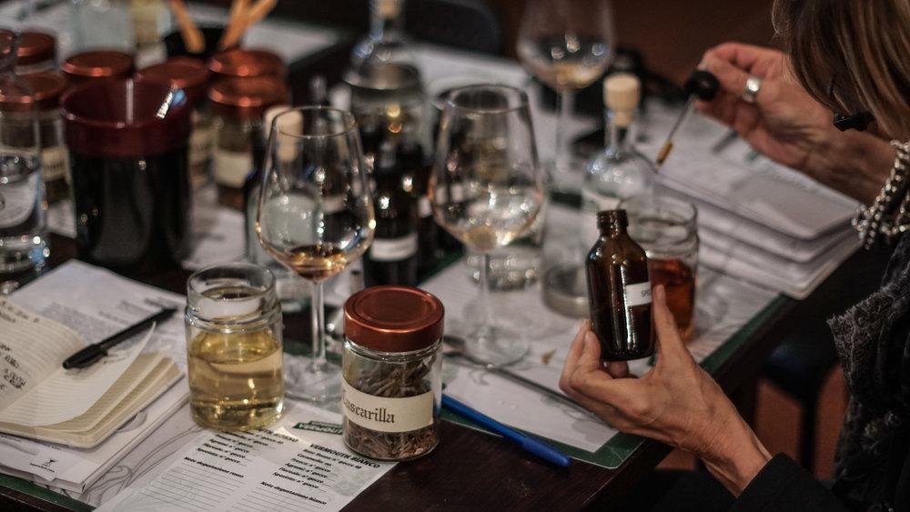 Esperienza Vermouth� 3.png