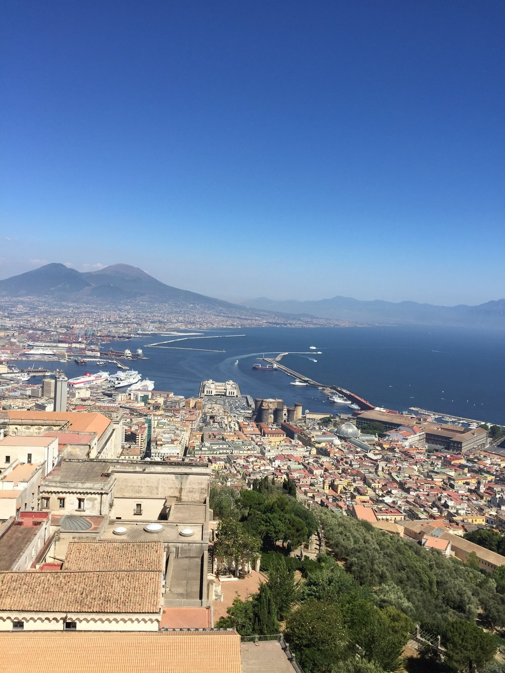 Napoli with a view - Pic courtesy of Travel Italian Style