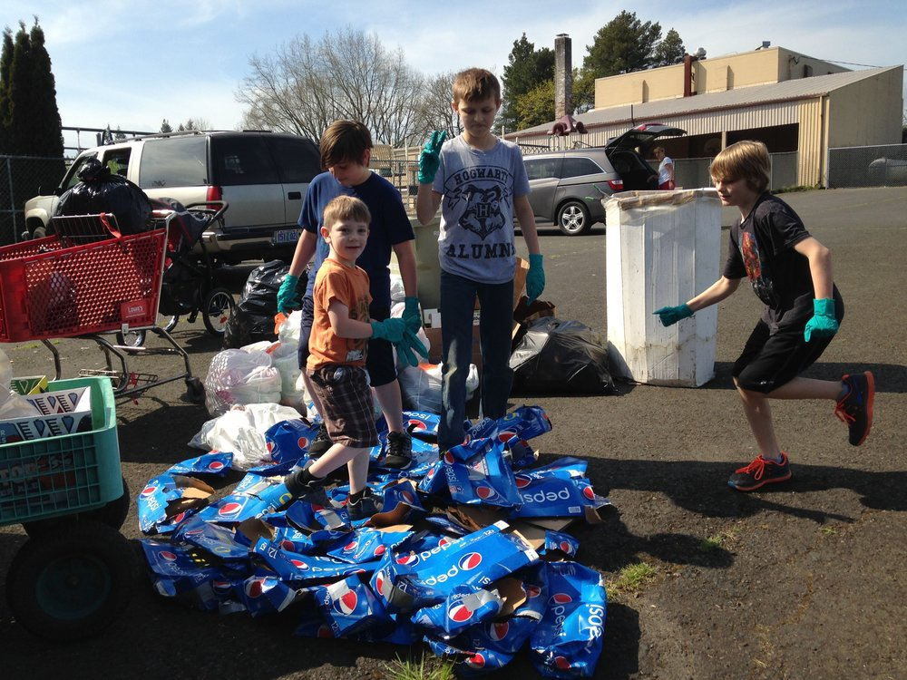 Farmington View ES bottle recycling.jpg