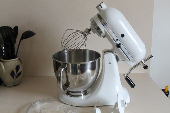 Kitchen Aid Mixer has been converted into a Hand-Cranked Mixer!