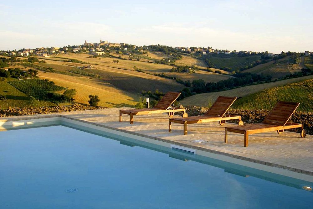 San Marcello vineyard pool