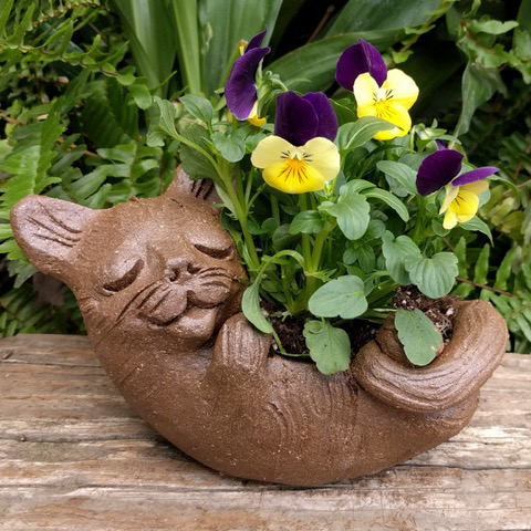 clay-cat-planter-garden-margaret-hudson-earth-arts-12.jpeg