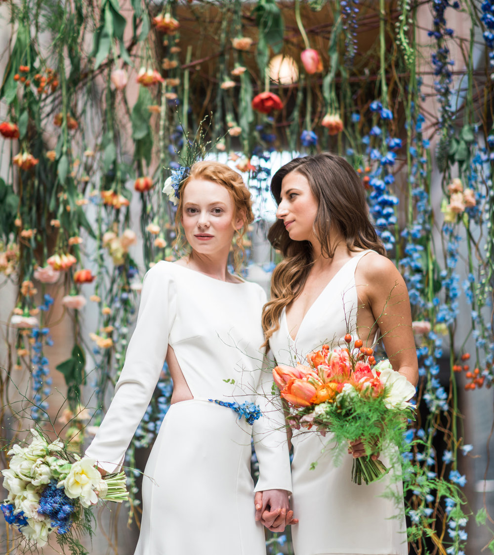 11-two-brides-flower-curtain-industrial-chic-mass-moca-wedding-hybl-fannin-design-1800cr.jpg