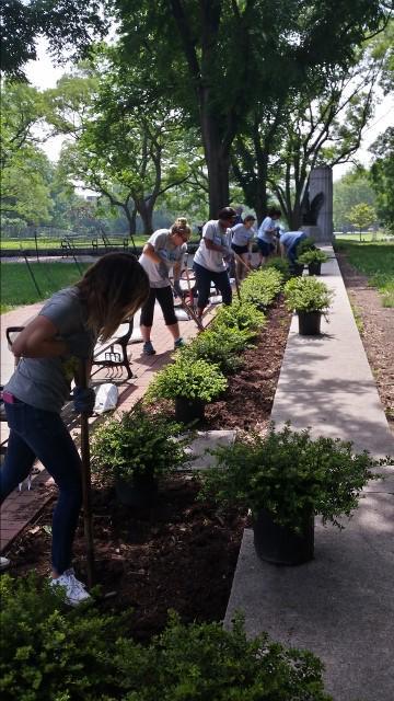 volunteers 2.jpg