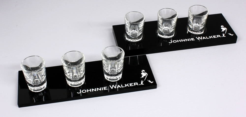 Johnnie Walker Flight 3G Shot Black Acrylic.jpg