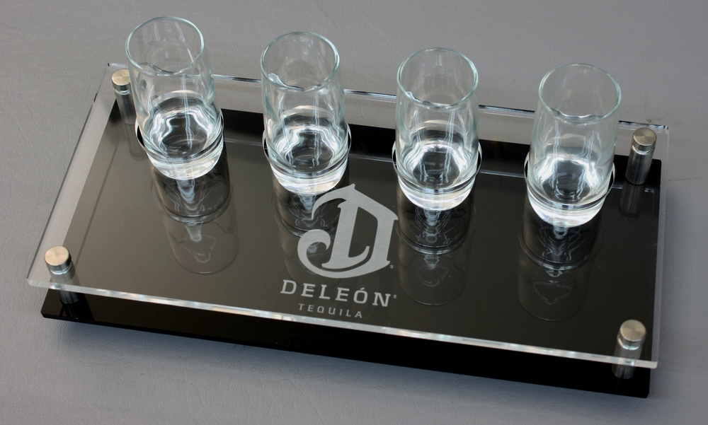 DeLeon 4G Flight Clear Acrylic on Black Laser Etched Logo - Copy.JPG