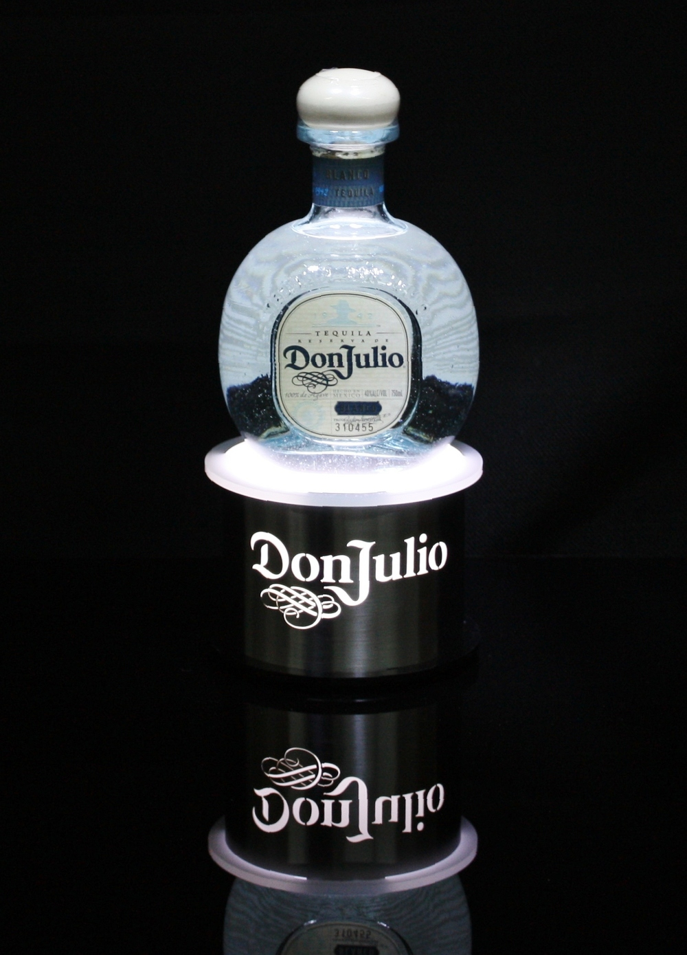 Don Julio Bottle Glorifier Round Stainless Steel.jpg