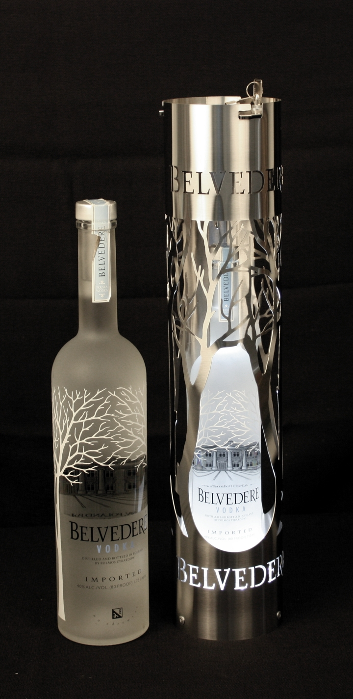 Belvedere Locking Bottle Tube w LED 1.5L.jpg