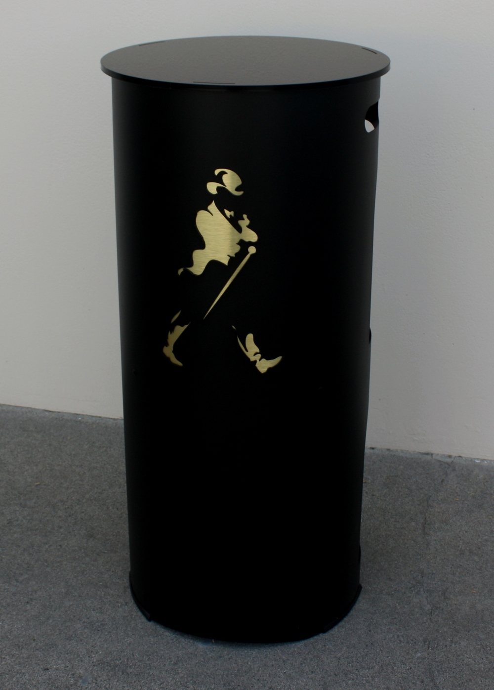 Johnnie Walker Man Cave Bar 029.JPG
