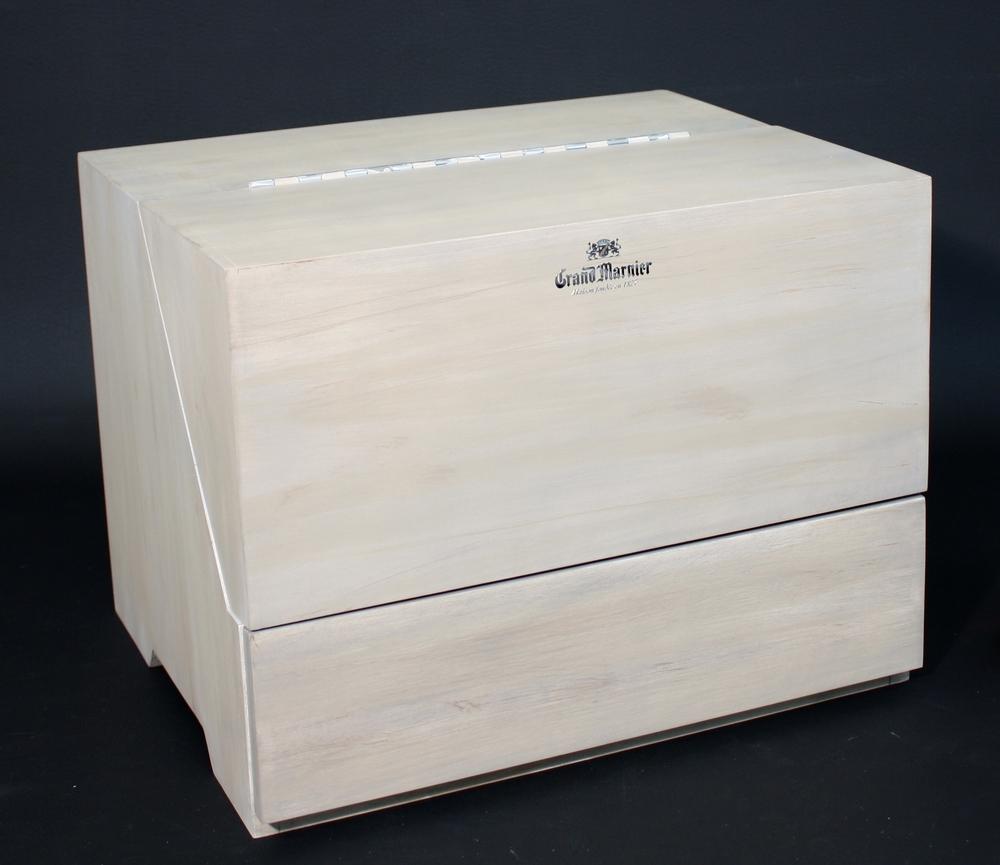 Grand Marnier Bar Box 011.JPG